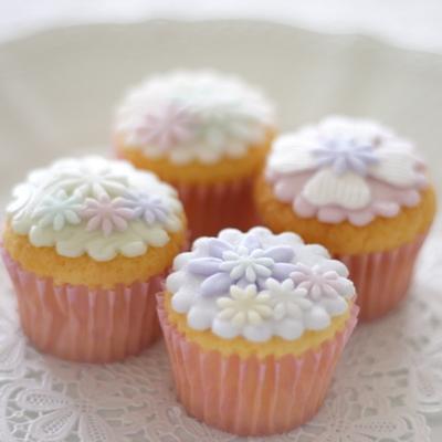 フレールデコレーションカップケーキ