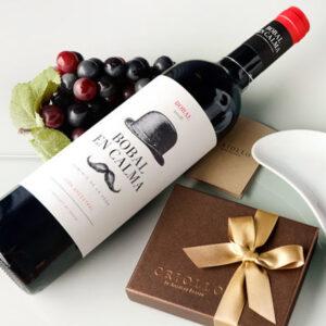 チョコレートと赤ワインのセット