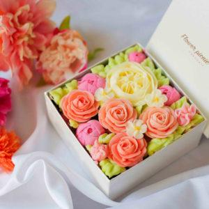 ボックスフラワーケーキ<Rose Pink>