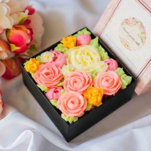 ボックスフラワーケーキ<Romantic Pink>